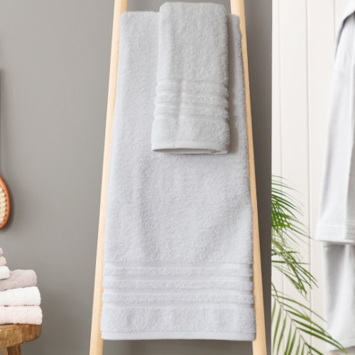 Picture of Matmazel Fourway Towels Bathroom Set - White